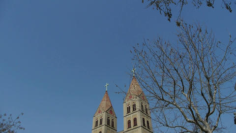 Panoramic of Qingdao Catholic Church Square & tree Stock Video Footage