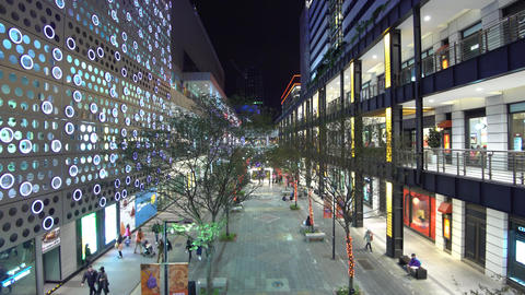 Shopping mall at night in downtown Taipei, Taiwan 画像