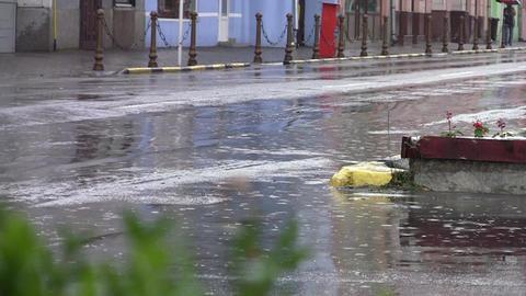 Car traffic on heavy rain 17 Footage