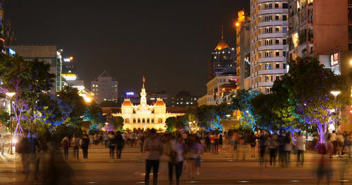 HO CHI MINH / SAIGON, VIETNAM - 2016: Nguyen Hue walking street city night Footage