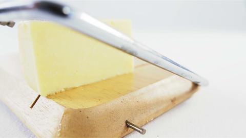 Cheese slicer slicing cheese ライブ動画