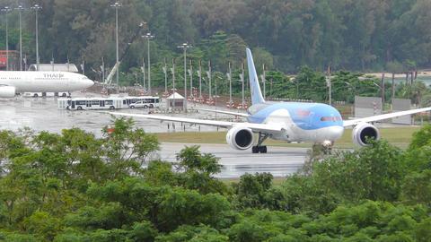 Thomson Airways Boeing 787 Dreamliner on runway Footage