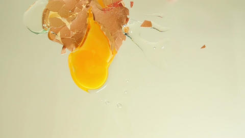 11863 egg falling to camera slow motion Footage