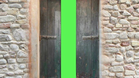 old wooden door opening to green screen. High definition 1080p. Made in AE cs5 s Animation