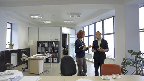 Member Of The Press, Journalist, Talk With The Person, Which Is Interesting To R stock footage
