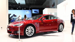 Tesla Model S 75D all electric, luxury, liftback car Footage