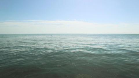 Low Aerial Over Open Water, 4K Filmmaterial