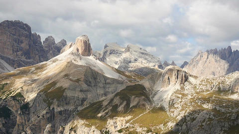 11830 time lapse over sextener dolomites mountain dreischusterspitze Filmmaterial