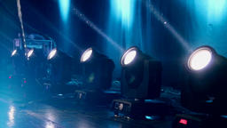 Stage lights with beams GIF 動畫