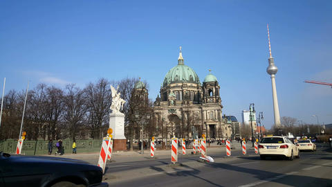 Berlin Cathedral and Television tower Live Action
