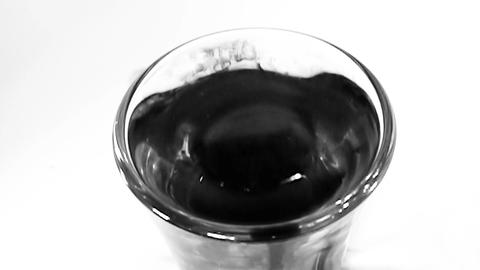 Ink in Glass of Water - Slow Motion (9) Archivo