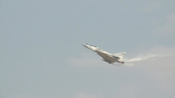 Dassault Mirage 2000-9 at the 2013 Dubai Air Show Footage