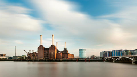 Battersea Power Station Long Exposure Time Lapse, London, Zooming In Footage
