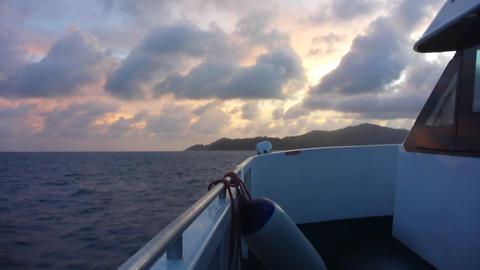 Ship on Indian Ocean at sunset, Seychelles Filmmaterial