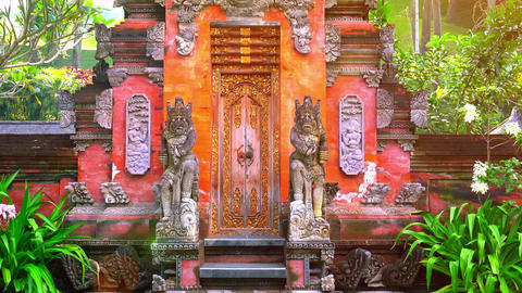 Balinese gods at Gunung Kawi Temple Complex, Bali, Indonesia Archivo
