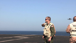 LSO USS George H.W. Bush (CVN 77) aircraft carrier... Stock Video Footage