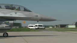 F-16 fighting falcon Polish Pilots Taking Off Footage