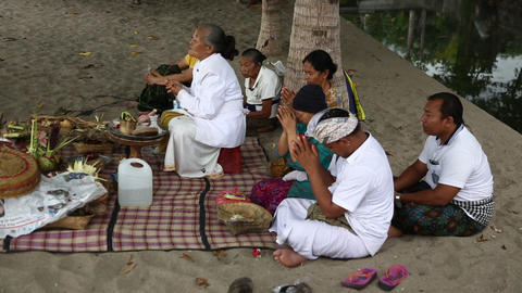 Beach Praying 2, Bali Filmmaterial