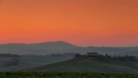 Golden Dawn in Tuscany. Time Lapse Filmmaterial