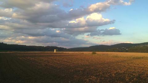 Amazing twilight in the valley 画像
