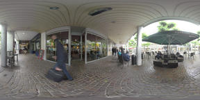 360 VR Pedestrian street with stores and cafes on rainy day. Frankfurt, Germany ビデオ