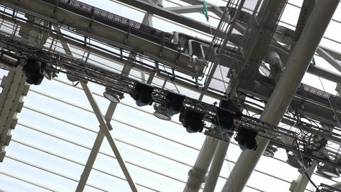 Panorama Transparent Roof with G Reception Amplifier on Stadium Footage