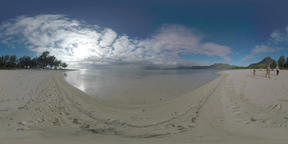 360 VR Scene of Mauritius nature and family with child walking at the beach ビデオ