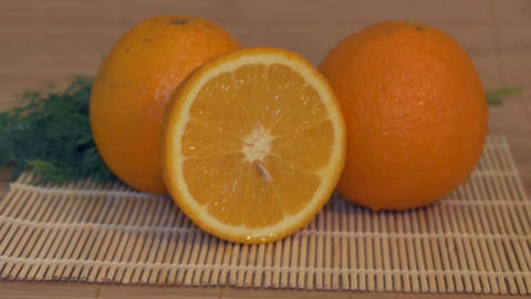 Fresh Oranges on Table ビデオ