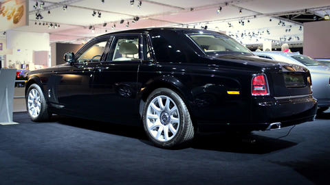 Rolls Royce Phantom limousine Live Action