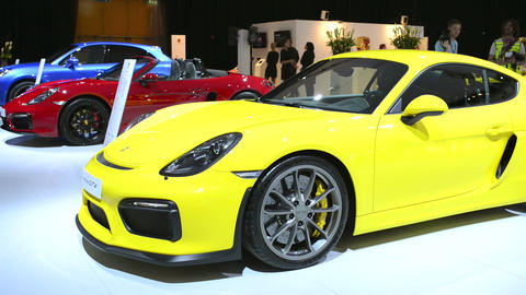 Porsche Cayman GT4 sports car Filmmaterial