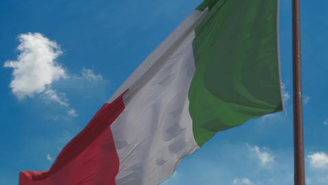 Slow motion of national tricolour flag of Italy flapping… Stock Video Footage