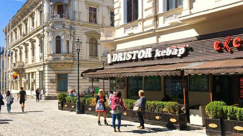 People Walking Downtown Lipscani Street In Bucharest Filmmaterial