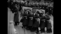 Farewell to Churchill 1965 - Dignitaries and Royalty Arrive at St. Paul's Cath Filmmaterial