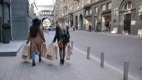 Shopaholic Teenage Girls