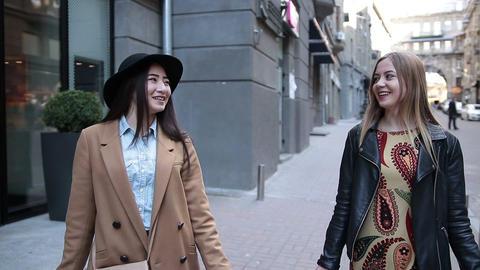 Shopaholic Teenage Girls 0