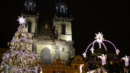 PRAGUE, CZECH REPUBLIC - DECEMBER 2013: Shining Christmas Tree - on Old Town Squ Footage
