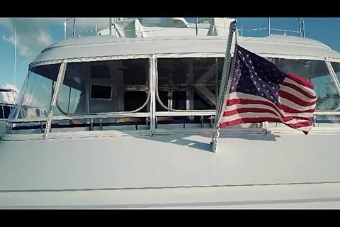 Boat flag waving ビデオ