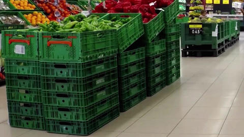 Green Bell Peppers at the Supermarket Filmmaterial