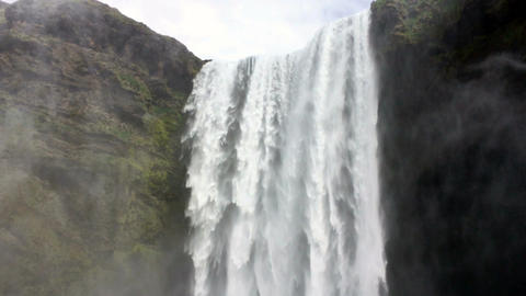 Skogarfoss Waterfall2FHD0 5 29 97 ビデオ