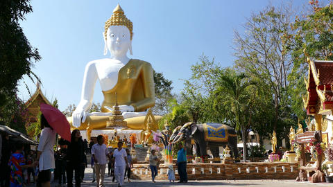 Buddha Statue Blue Sky People Time Lapse 4k Footage