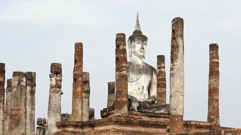 Sukhotai Thailand Ancient Sitting Buddha Statue Birds 4k Footage