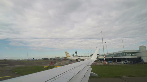 Amsterdam, Netherlands Schiphol airport terminal and runway view 画像