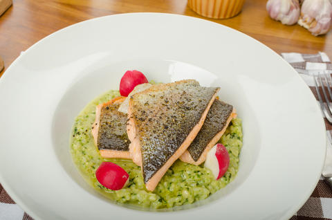 Roasted trout with risotto Foto