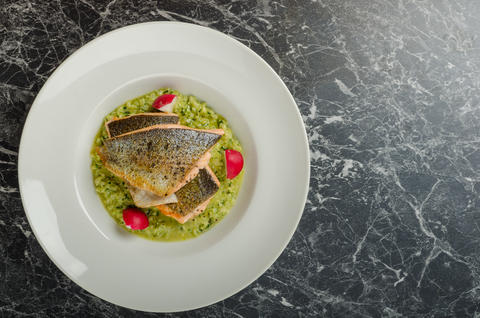 Roasted trout with risotto フォト