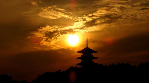 Timelapse-Five Storeyed Pagoda in the evening sun Filmmaterial