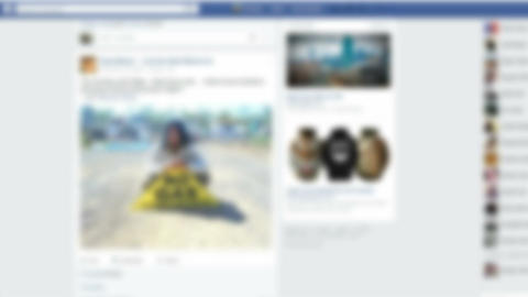Facebook online social networking service screen blurred background ライブ動画