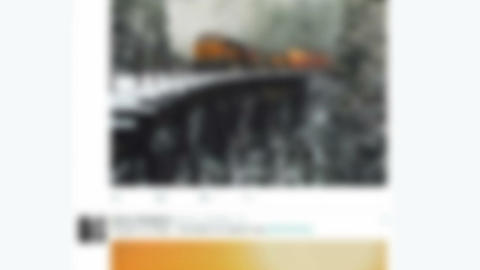 Twitter online social networking messaging service screen blurred background ビデオ