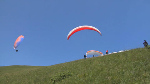 Paragliding take off Live Action