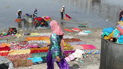 Textile Washing Yamuna River Agra India 4k Footage