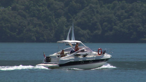 motorboat 25 e Stock Video Footage